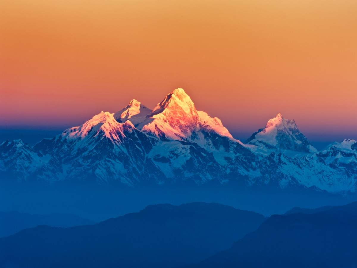 Mount Everest, world's tallest peak, grows taller