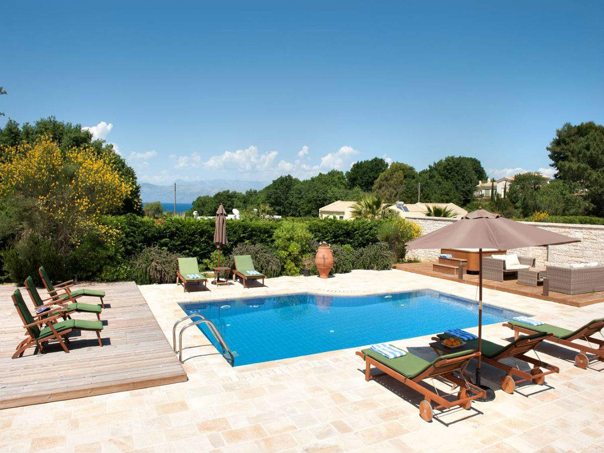 You can work from this gorgeous villa in Greece for free for 30 days!