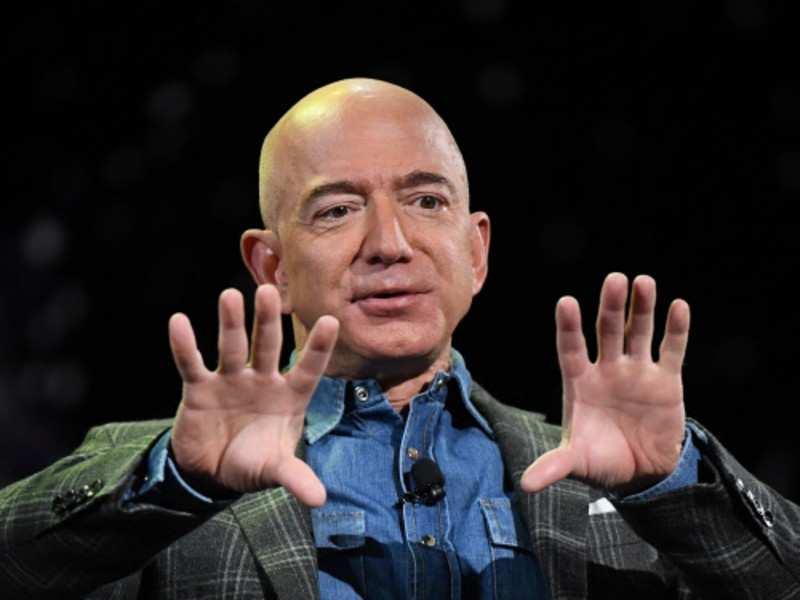 Jeff Bezos (1)
