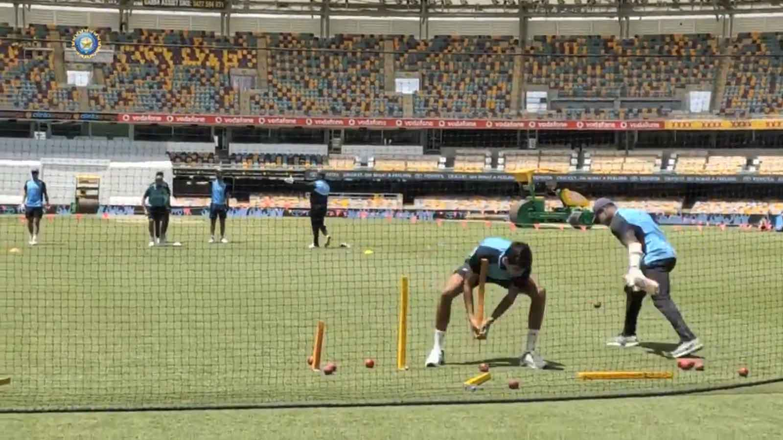 watch-team-indias-unique-fielding-drill-ahead-of-4th-test-against-australia
