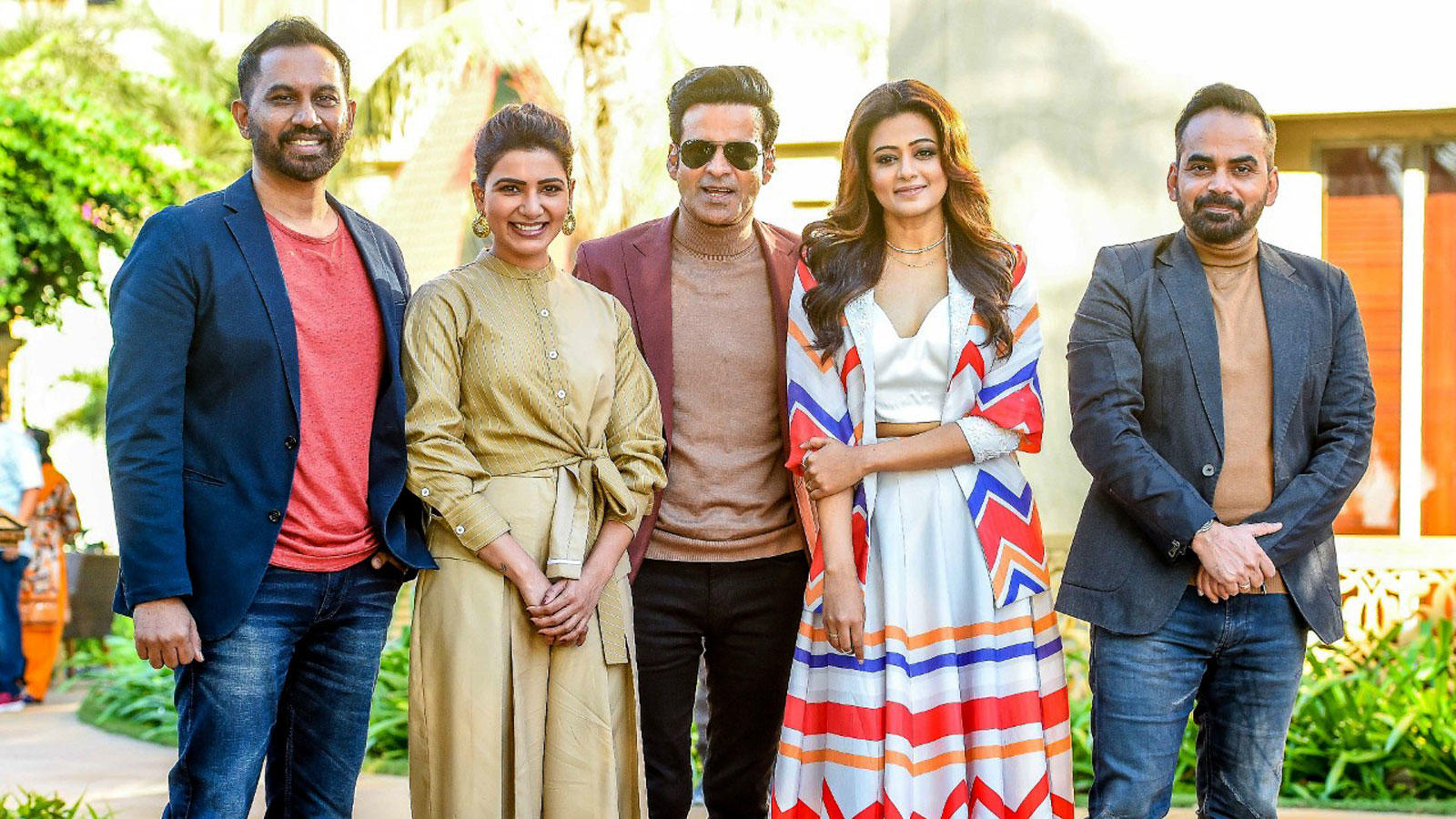 manoj-bajpayee-samantha-akkineni-priyamani-were-seen-at-an-event-in-mumbai-today