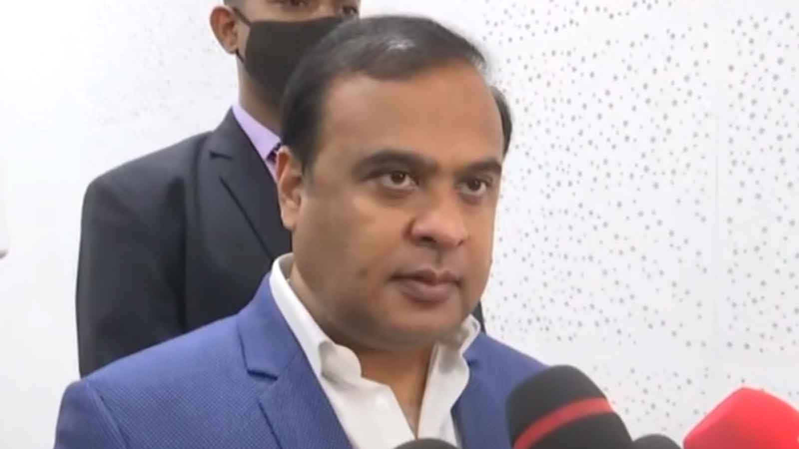 covid-19-1-9-lakh-health-workers-to-get-vaccinated-in-assam-says-himanta-biswa-sarma