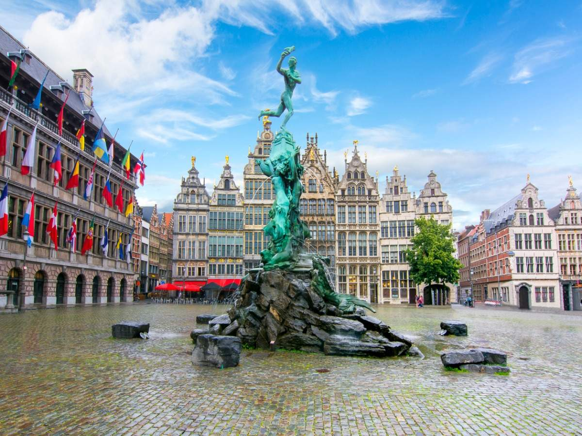 Belgium bans leisure travel for its citizens until March
