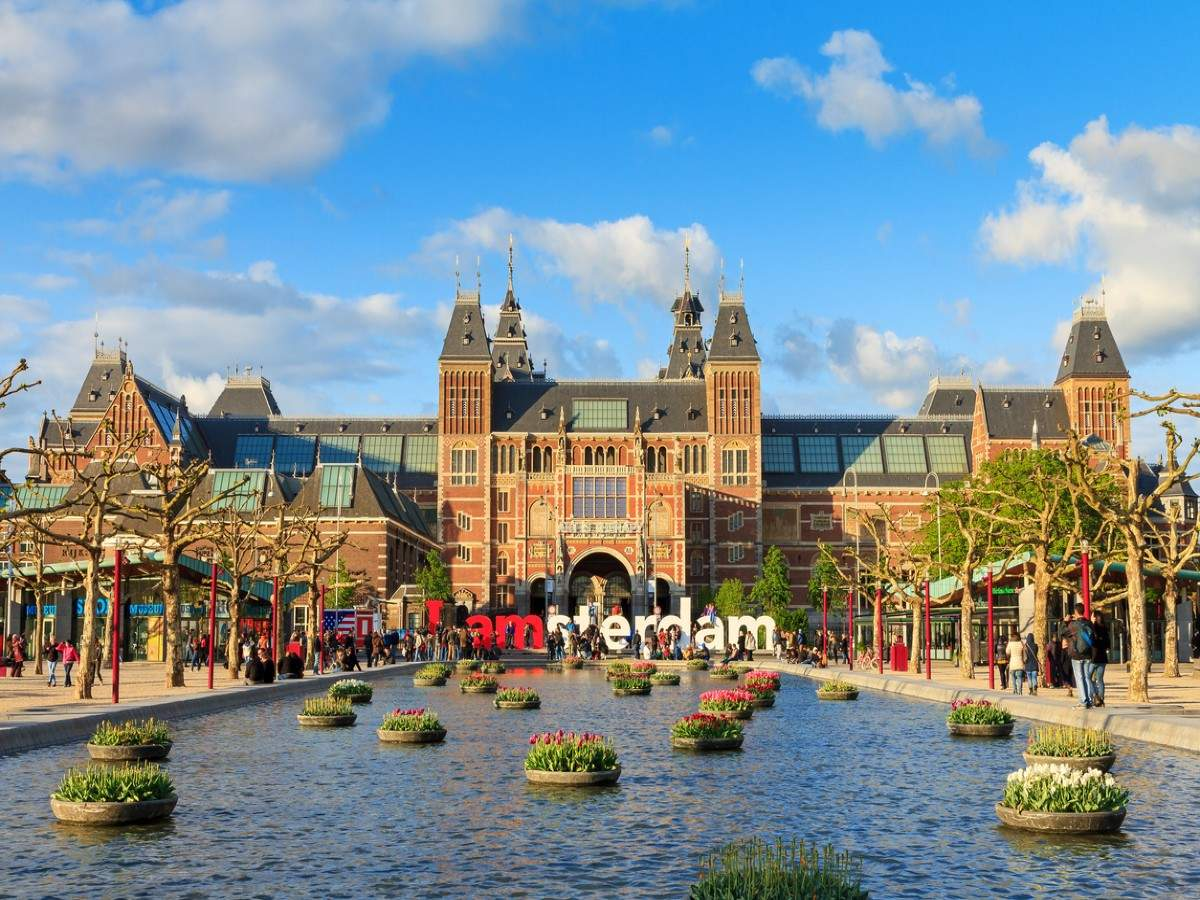 Amsterdam's Rijksmuseum puts its 709,000 priceless artworks online for free