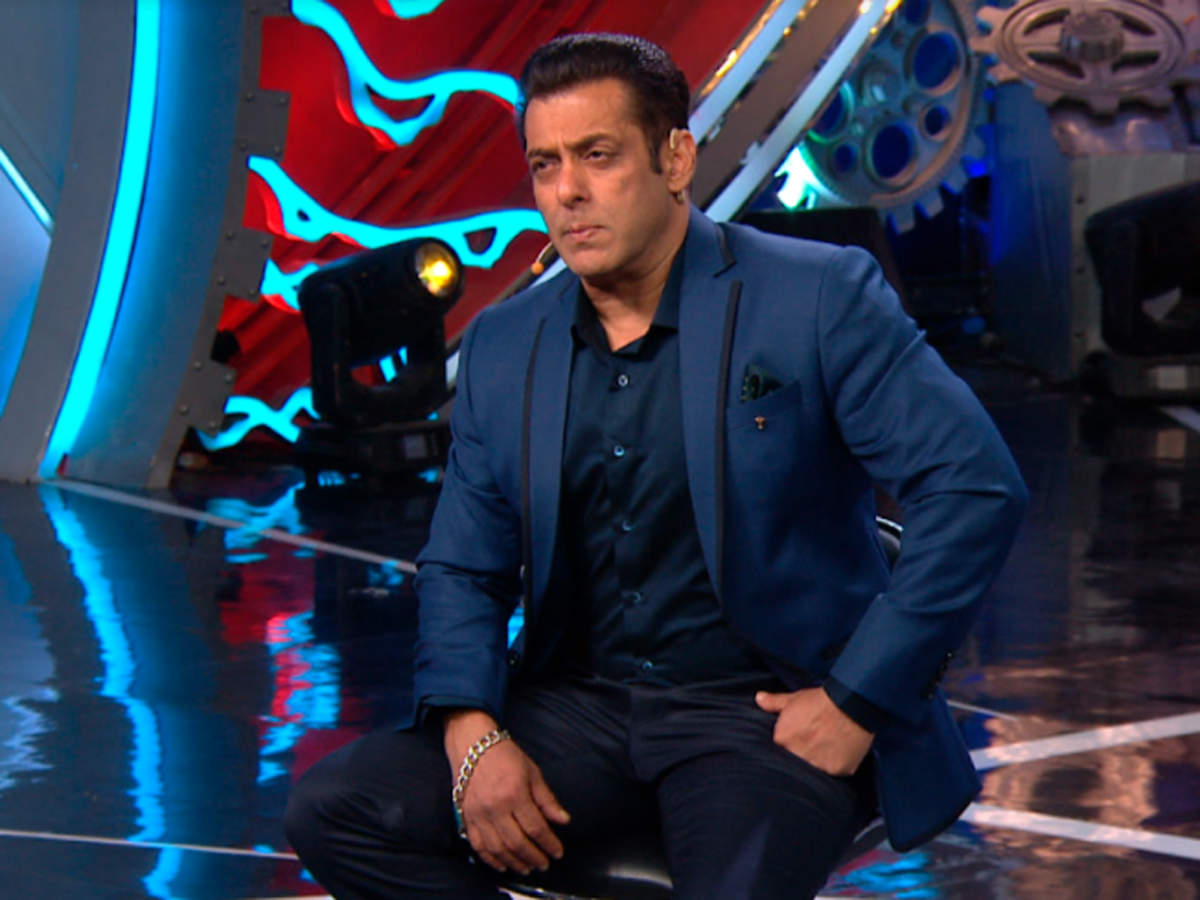 Bigg Boss 14: Salman Khan begins the show on a disappointing note; says 'I  didn't want to return to host after last night's episode' - Times of India