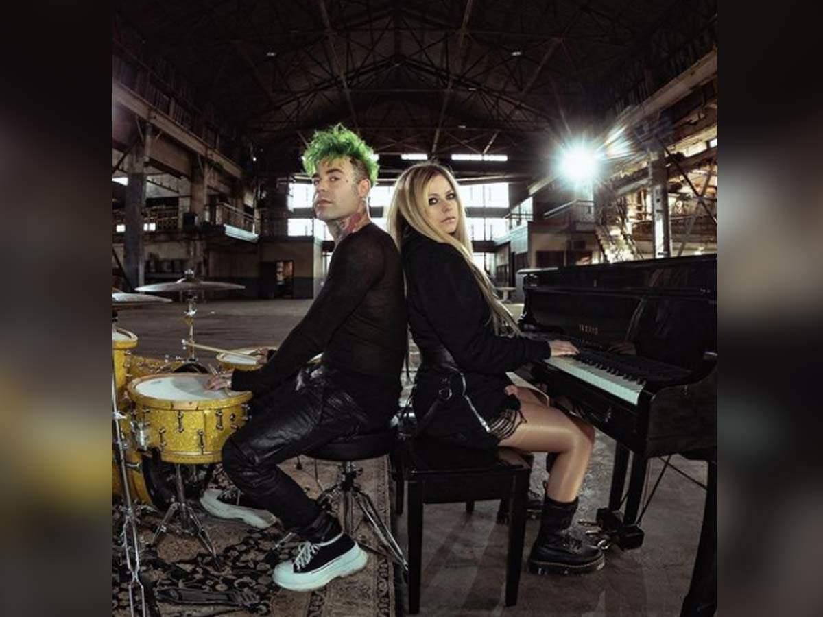 Lavigne pregnant avril Avril Lavigne
