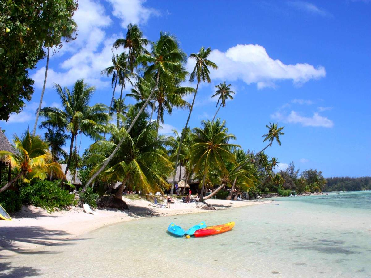 COVID-19: French Polynesia islands temporarily shuts for tourism again