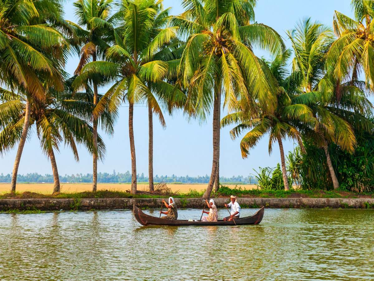 Where to go boating in India?