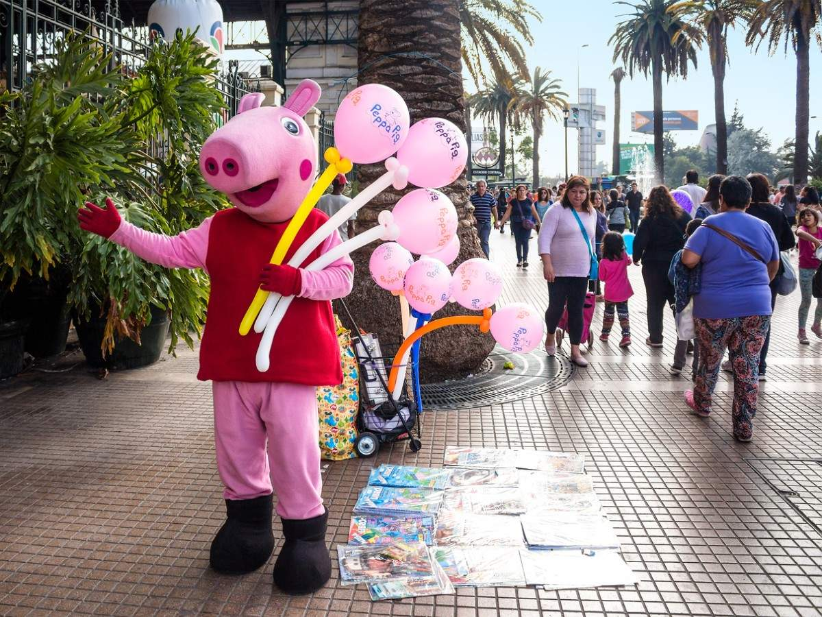 A standalone Peppa Pig theme park announced by Legoland Florida