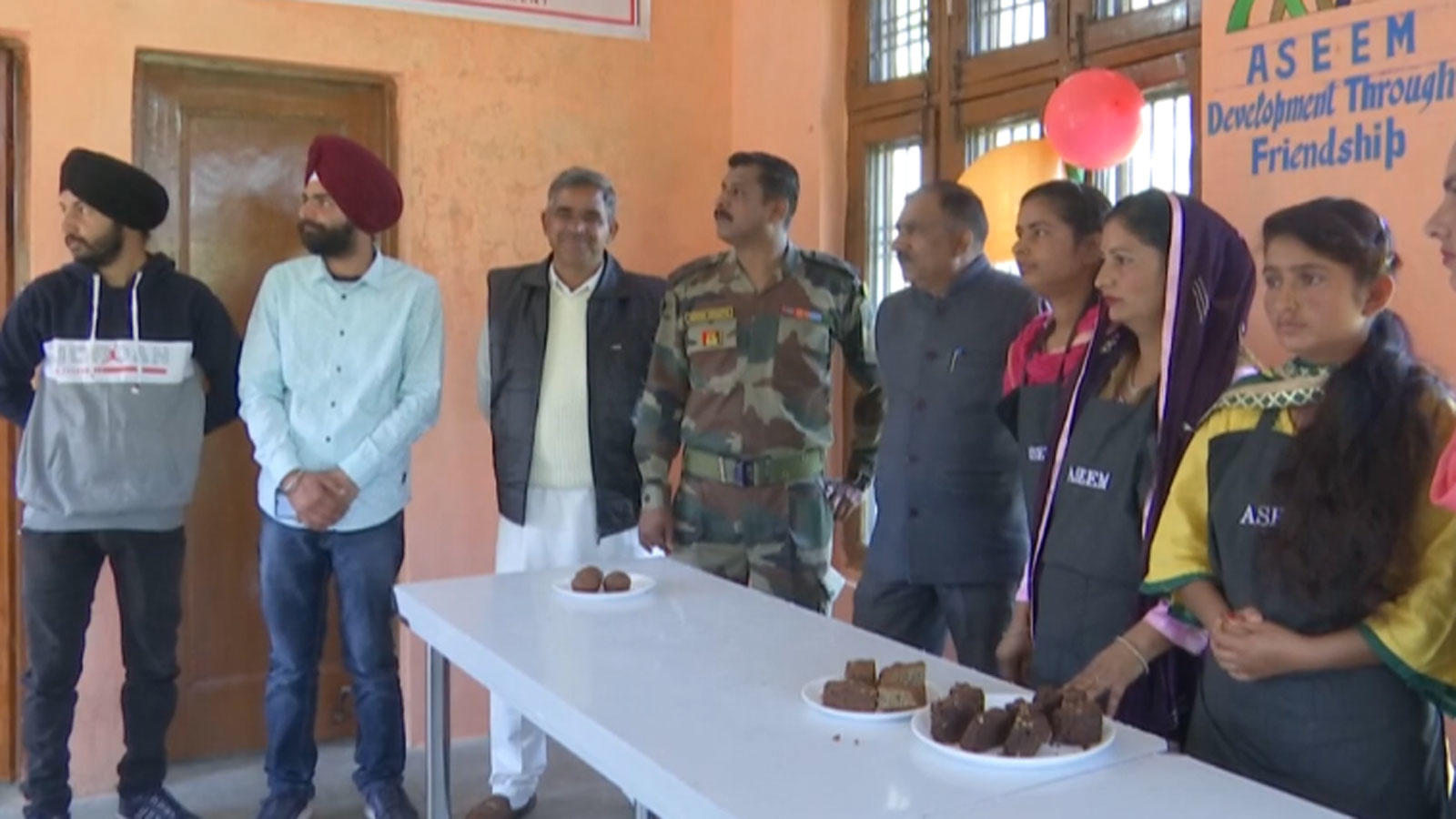 army-trains-women-to-run-bakery-in-rajouri