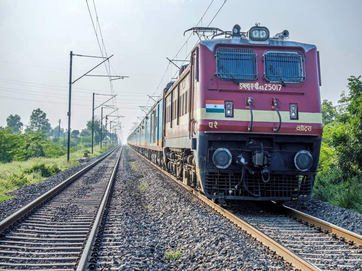 Planning a train trip? Railway Ministry urges to follow state-wise guidelines