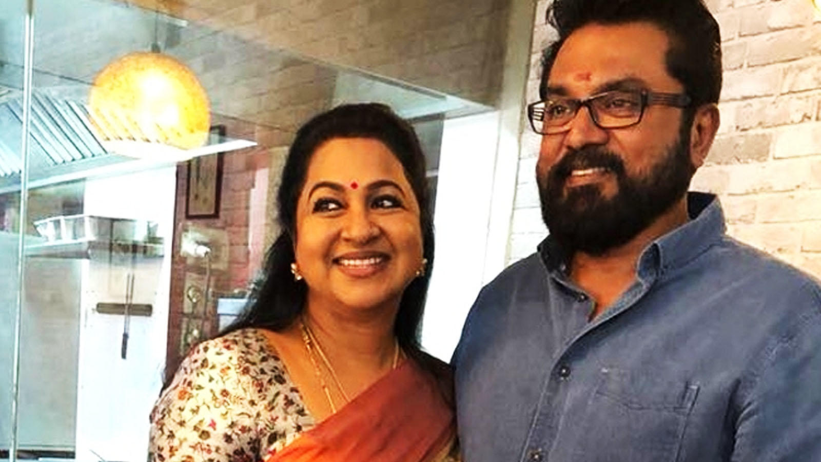 Ramanathan Sarathkumar and wife Radhikaa sentenced to one-year imprisonment  in cheque bounce case | Tamil Movie News - Times of India