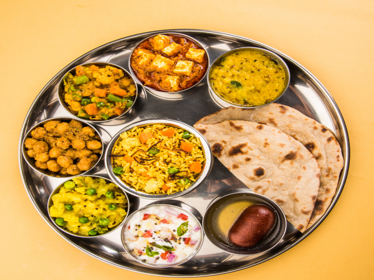 Places to eat a full and hygienic meal in Delhi/NCR under INR 10