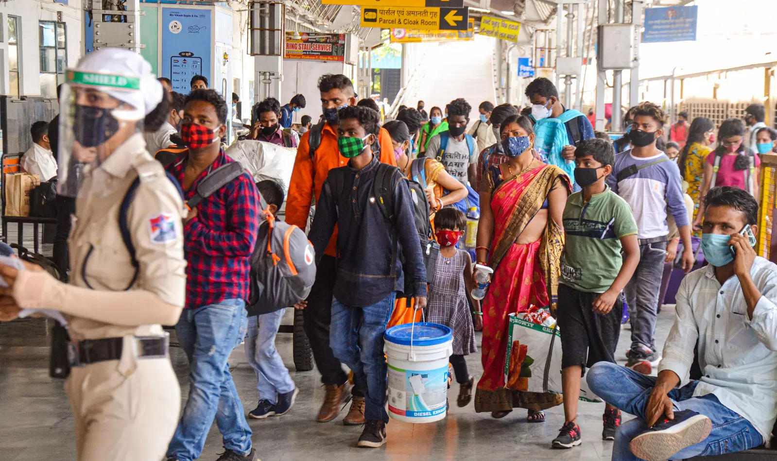 no-extra-rush-at-stations-indian-railways-adg-pr