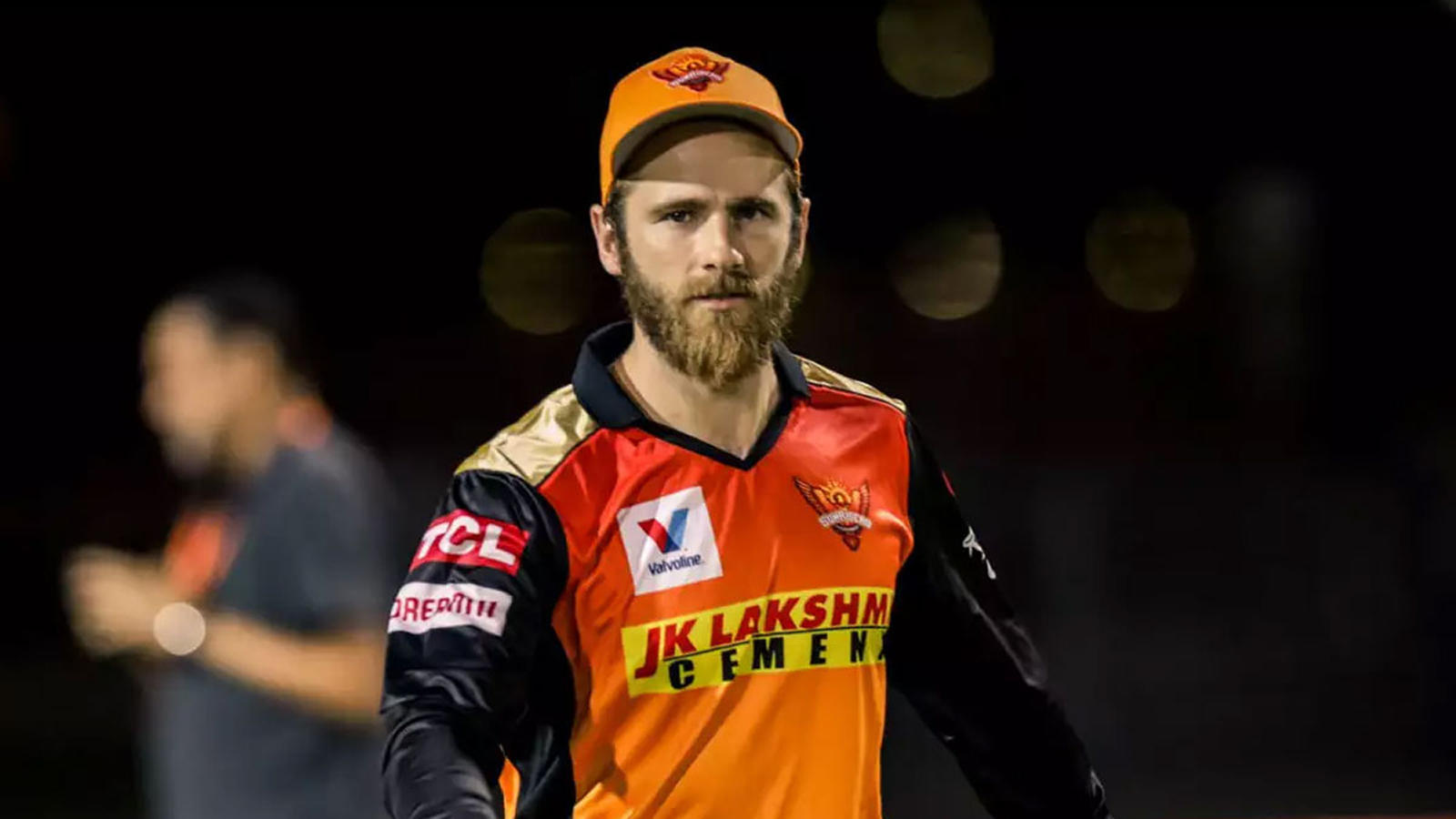 ipl-2021-srh-removes-warner-from-captaincy-williamson-takes-charge