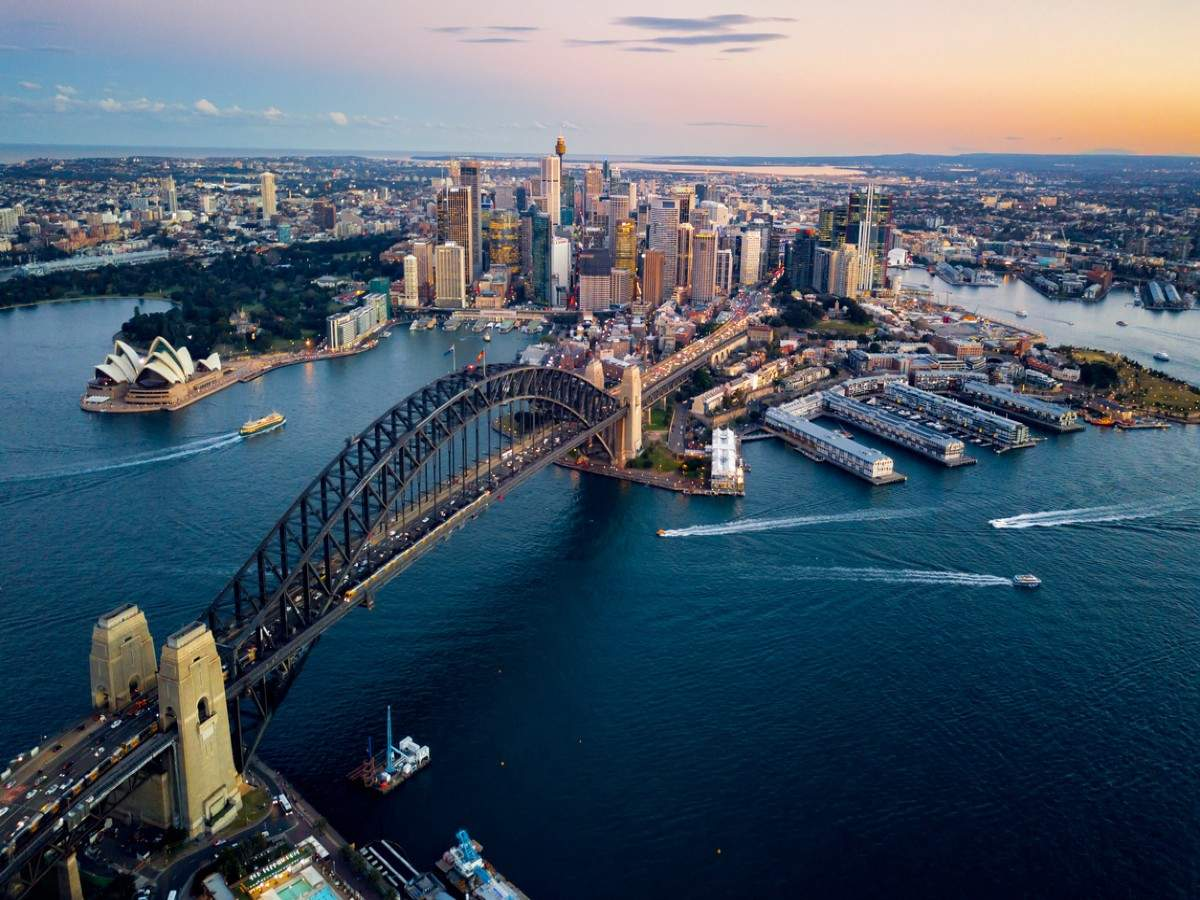Australia might keep its border shut to travellers till late 2022