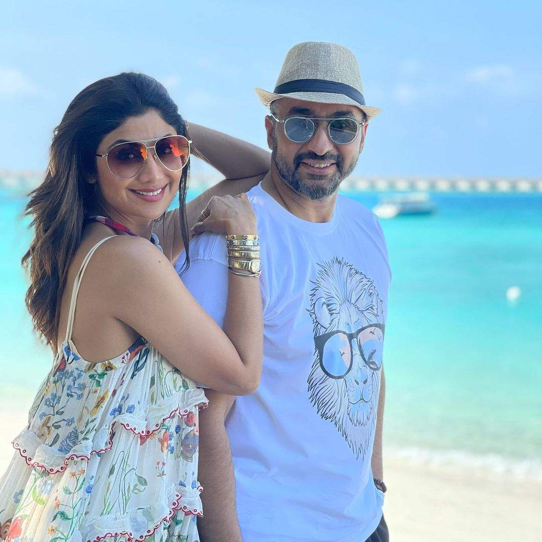 Watch: Shilpa Shetty and Raj Kundra spread positivity with funny throwback  video | Hindi Movie News - Times of India