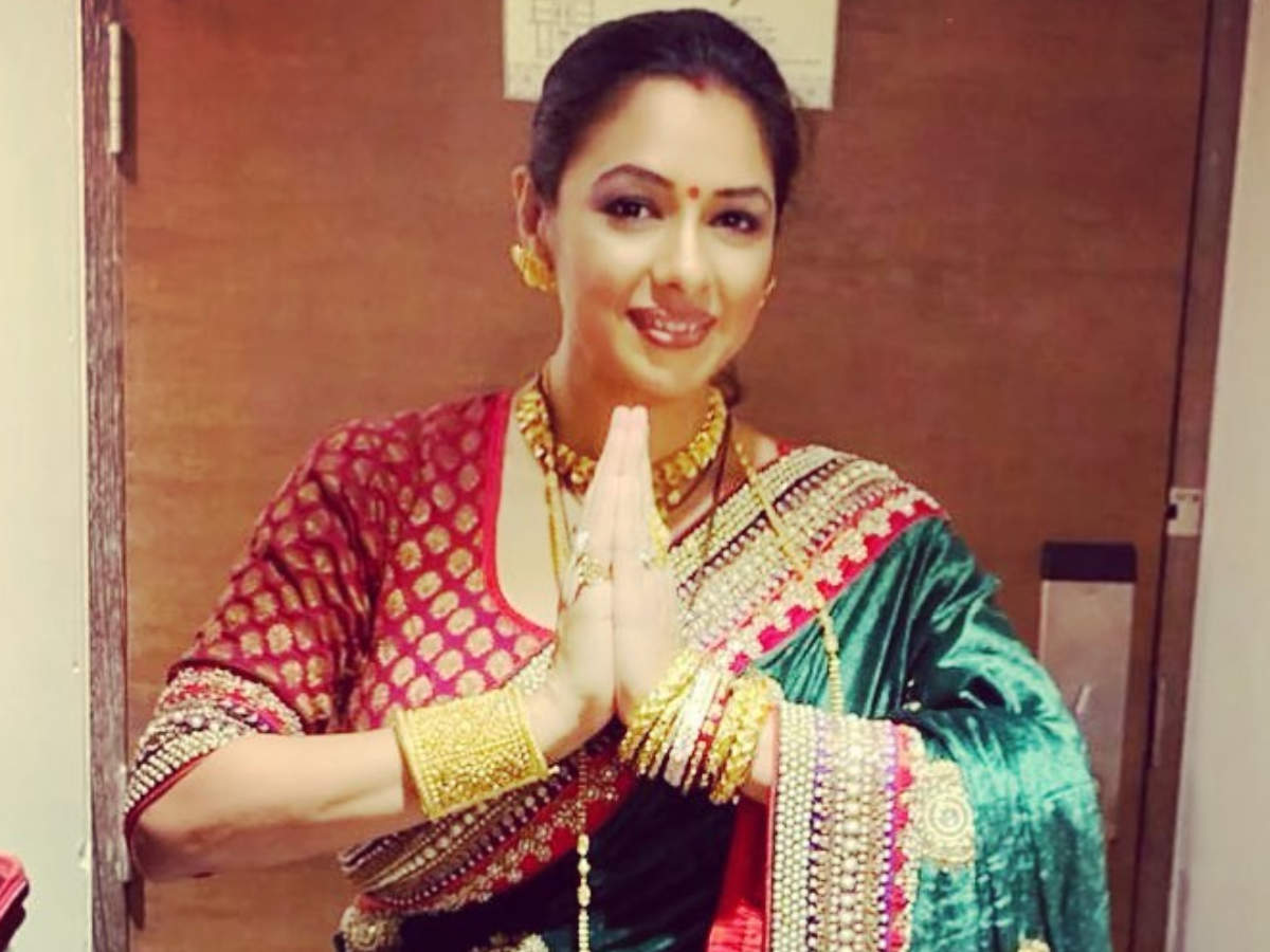Rupali Ganguly is grateful to fans as Anupamaa regains the top position on  TRP charts; says, 'Forever indebted' - Times of India