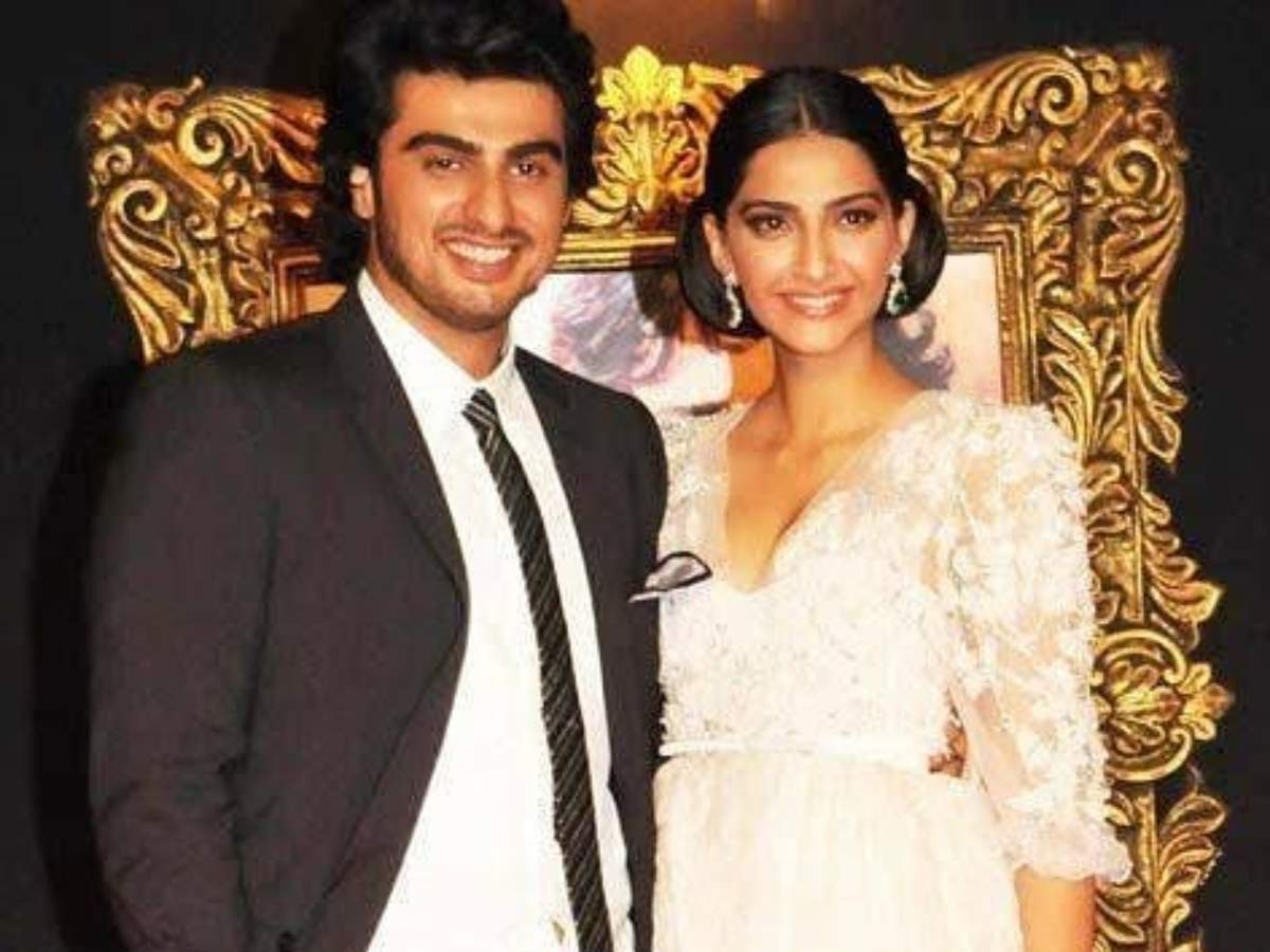 Arjun Kapoor wishes sister Sonam Kapoor Ahuja on her birthday; says 'can't  wait to see you' | Hindi Movie News - Times of India