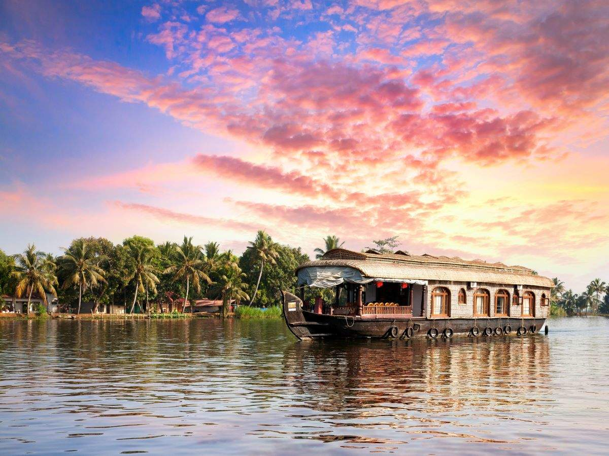 Kerala: Tourist destinations to become 100 percent 'vaccinated zones' by July 15