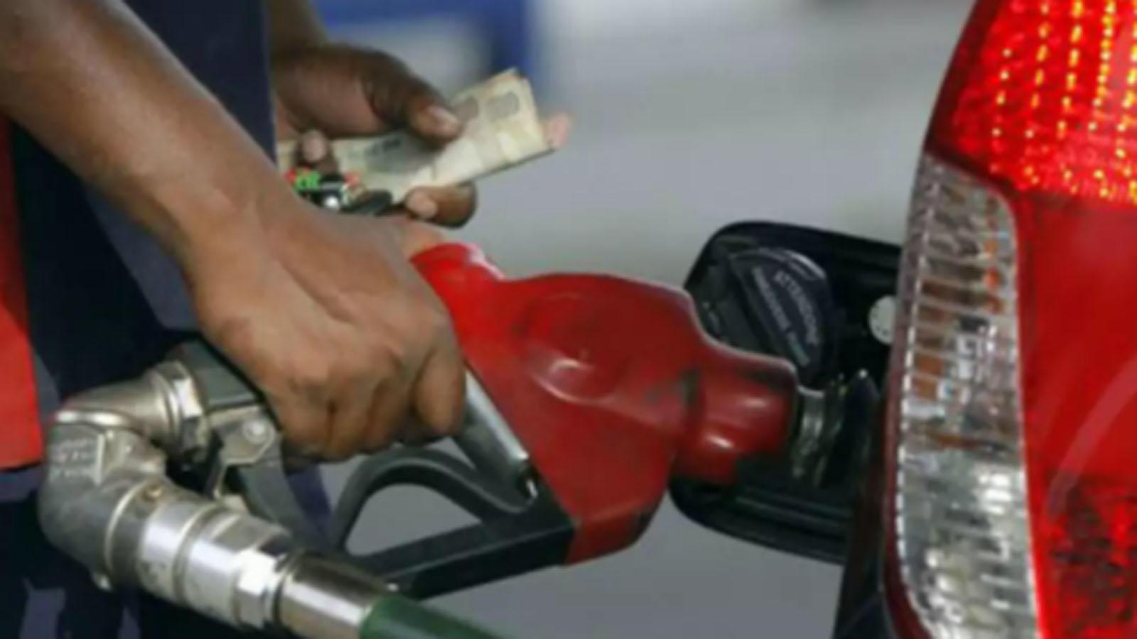after-petrol-diesel-crosses-rs-100-mark-in-rajasthans-sri-ganganagar