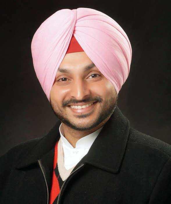 Punjab SC panel summons Congress MP Ravneet Singh Bittu
