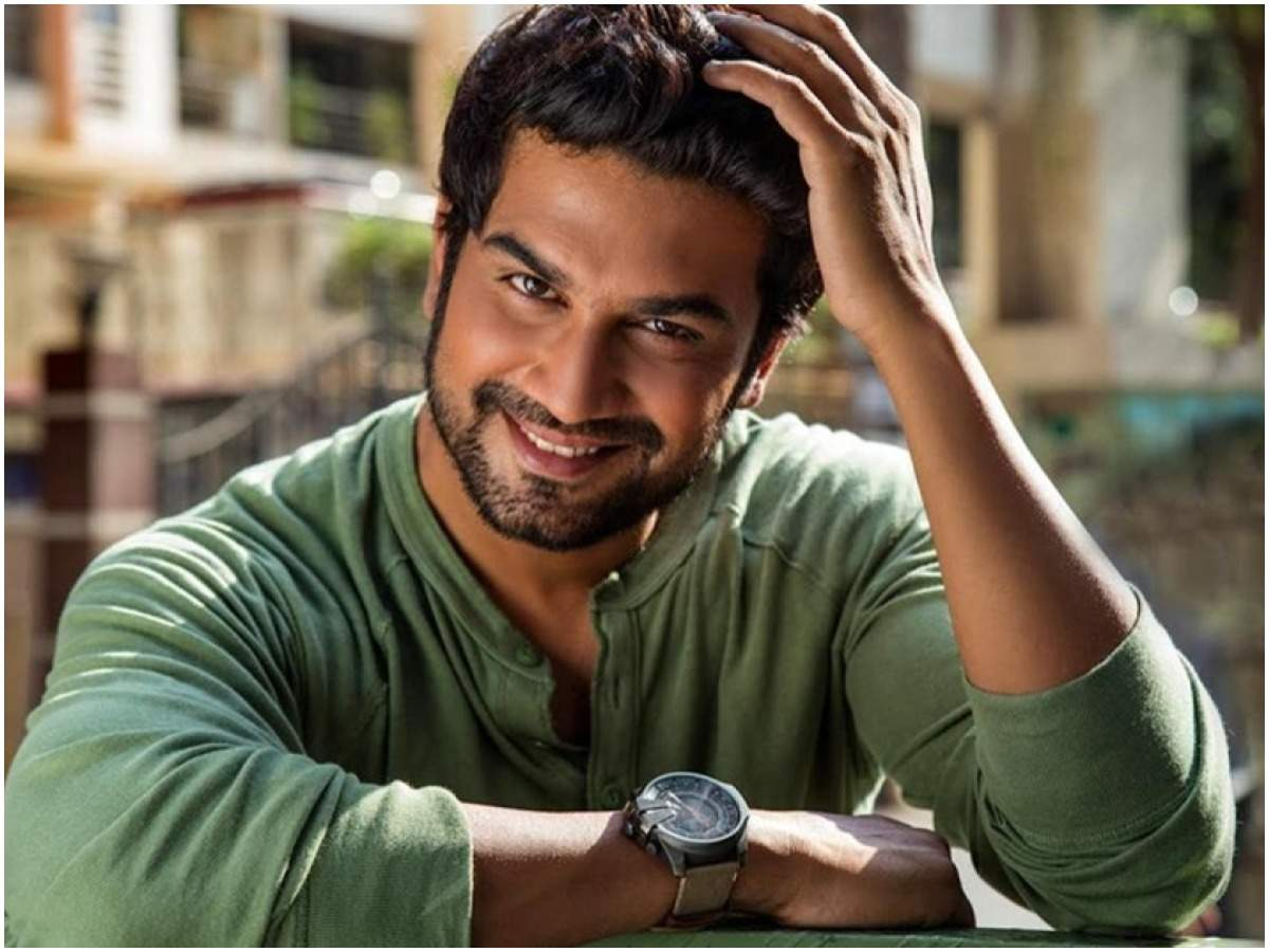 Sharad Kelkar: I haven't been approached for Anupamaa and neither do I have the dates... - Times of India