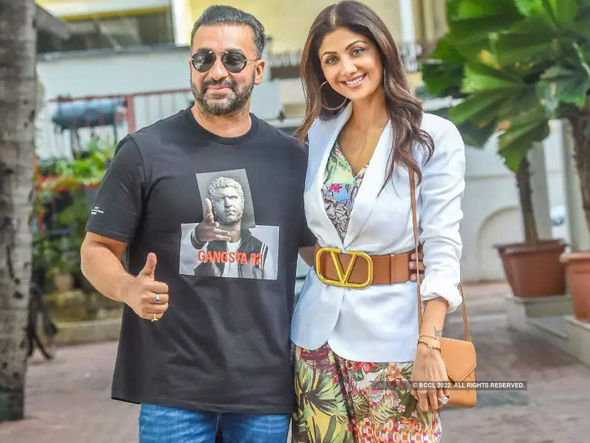 Shilpa Shetty and Raj Kundra's joint bank accounts under the scanner |  Hindi Movie News - Times of India