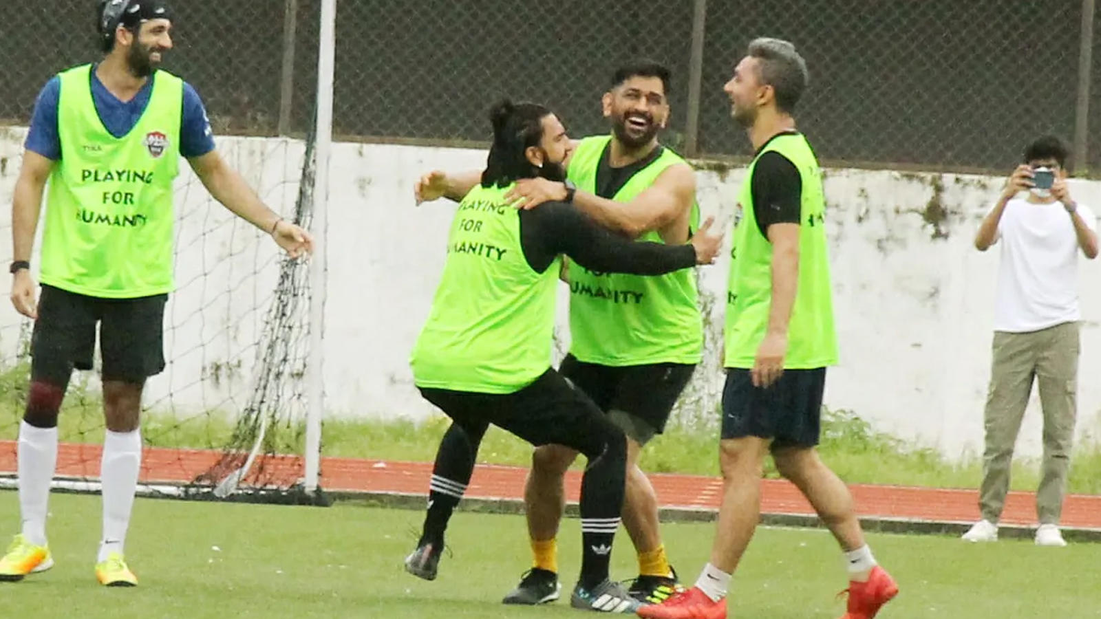 ranveer-singh-ms-dhoni-share-light-moment-during-football-match