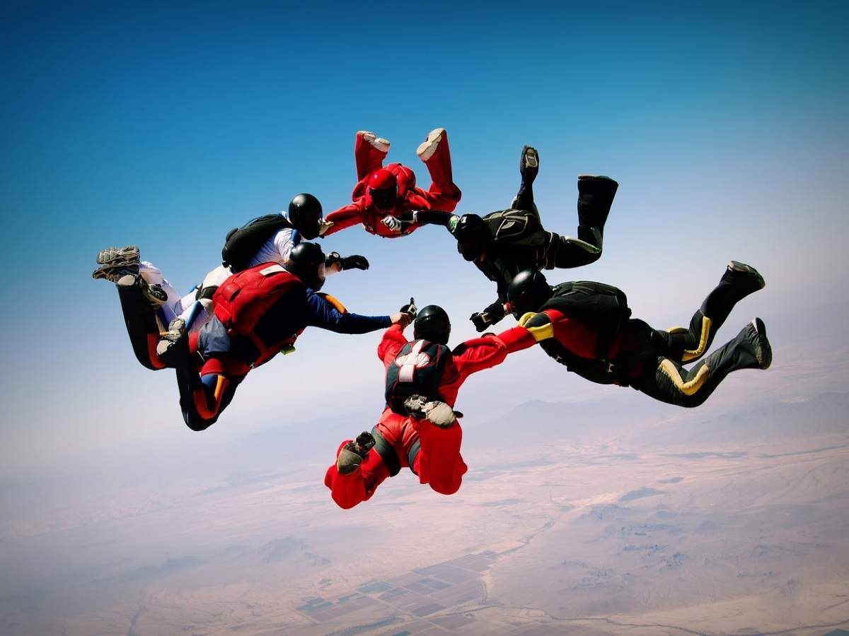 Now you can enjoy skydiving at Neemrana in Rajasthan!