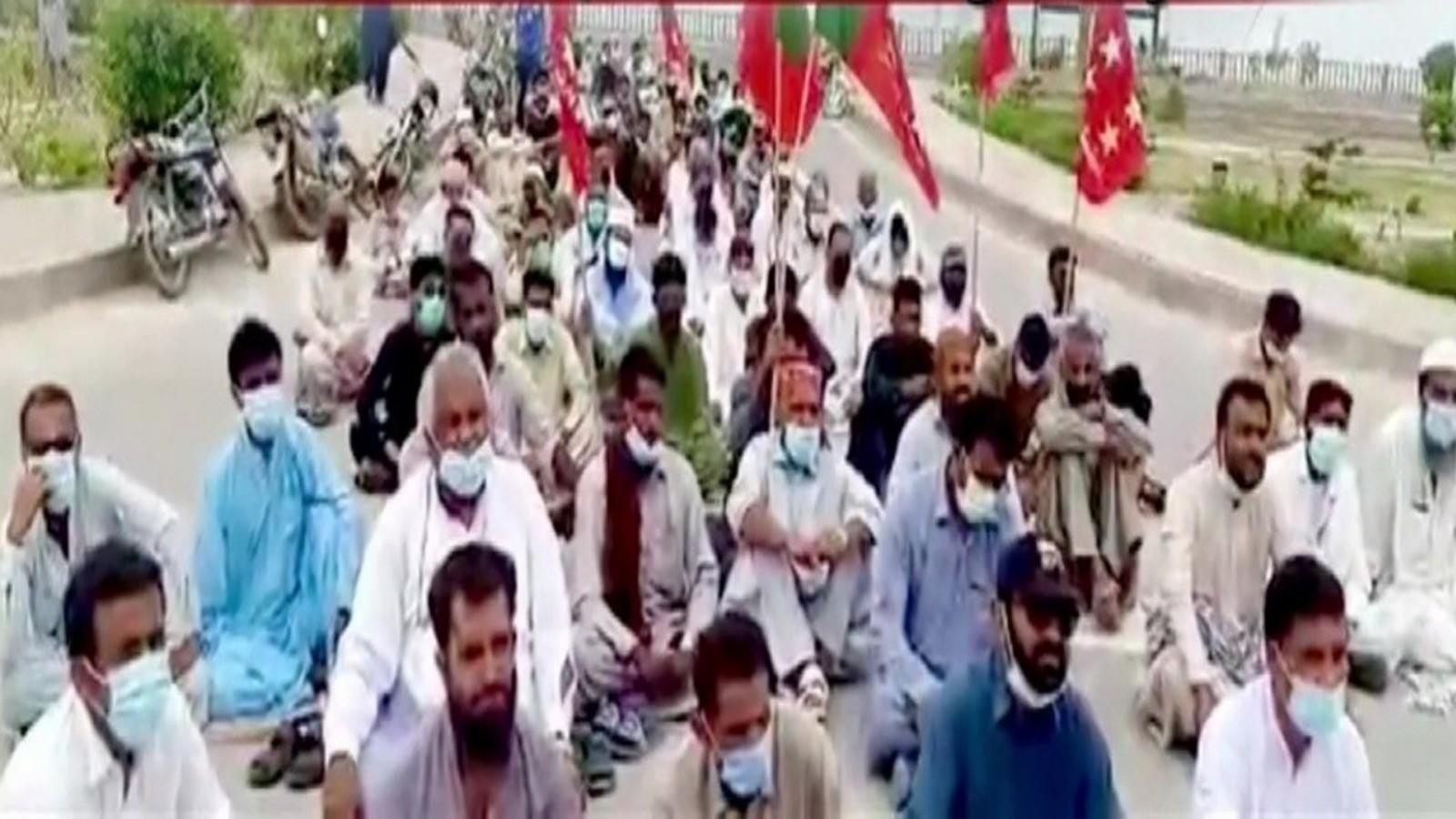 fishermen-lead-anti-pak-protests-in-balochistan-demand-rights-jobs
