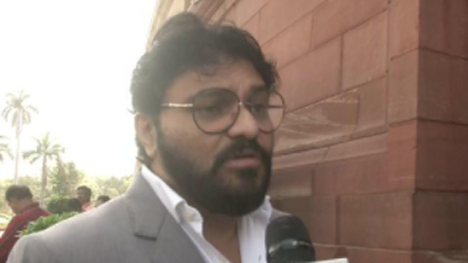 babul-supriyo-reiterates-not-joining-any-political-party