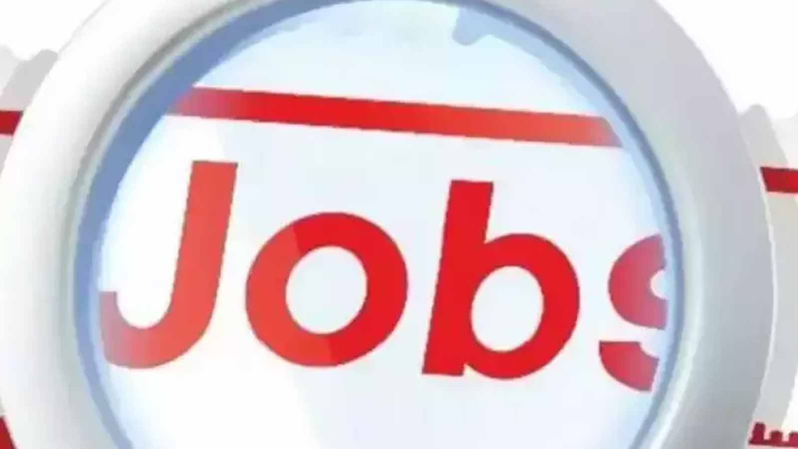 covid-19-ebbs-indias-jobless-rate-drops-to-four-month-low