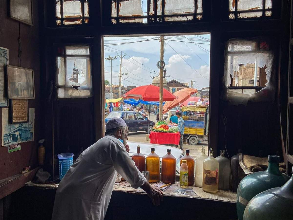 An unforgettable scent—the last rose water maker of Srinagar