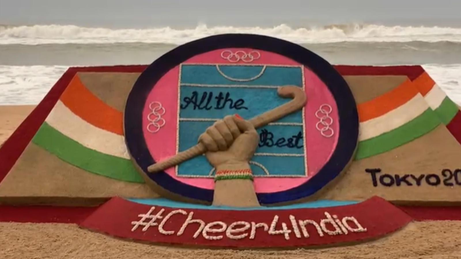 odisha-sudarshan-pattnaik-wishes-womens-hockey-team-through-art