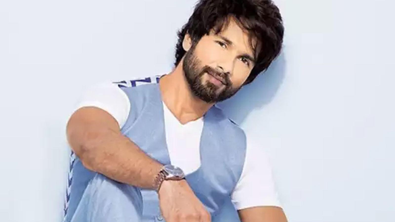 this-actor-replaces-shahid-kapoor-in-hindi-remake-of-tamil-hit-movie-soorarai-pottru