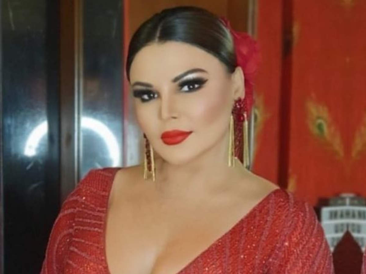 Rakhi Sawant is upset as Bigg Boss OTT makers didn't invite her; says 'You  called #SidNaaz and not me, I am upset' - Times of India