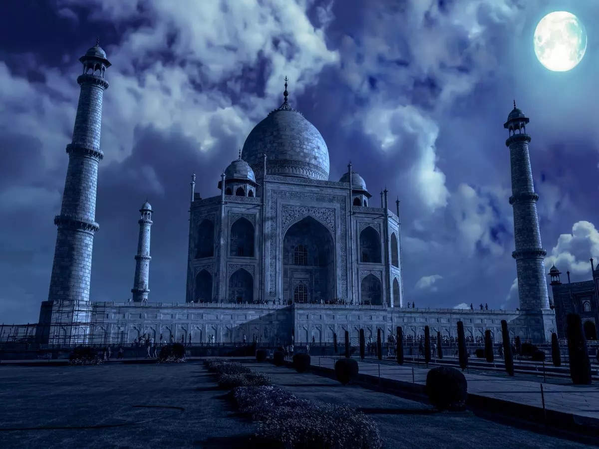 Taj Mahal to reopen for night viewing from today