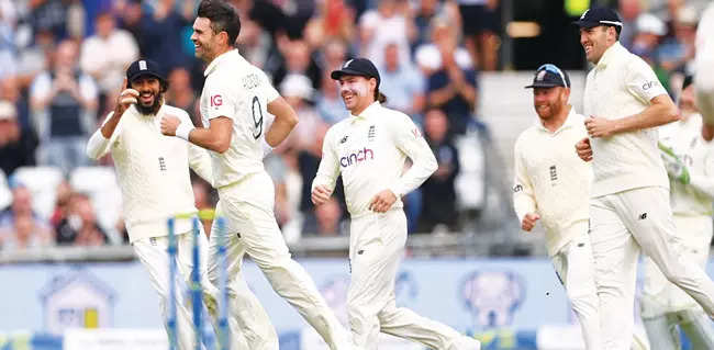 Headingley Test: Hussain is all praise for English skipper Root