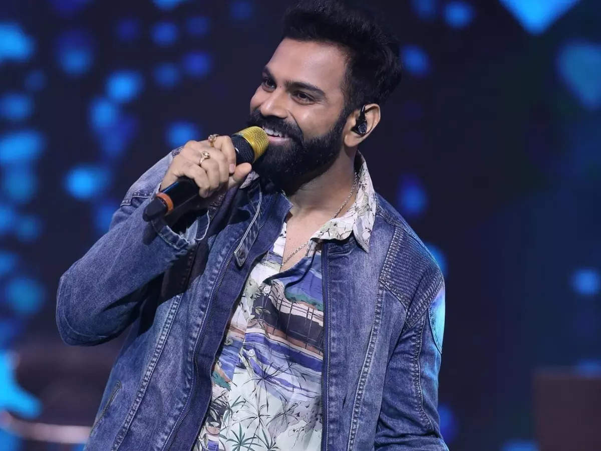 Bigg Boss Telugu 5 contestant Sreerama Chandra's profile, photos and all you know about the singer-turned-actor - Times of India