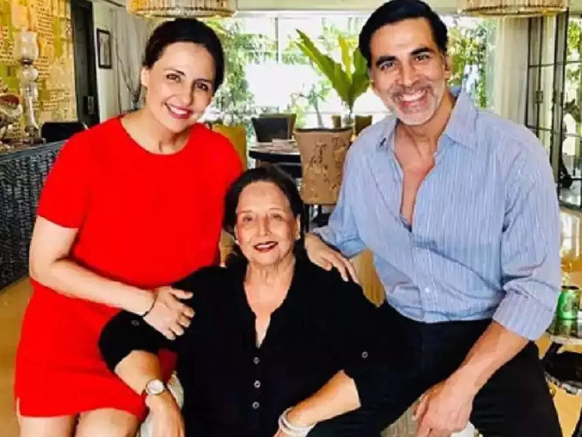 Akshay Kumar's mother admitted to the ICU, actor hastily flies back from UK  | Hindi Movie News - Times of India