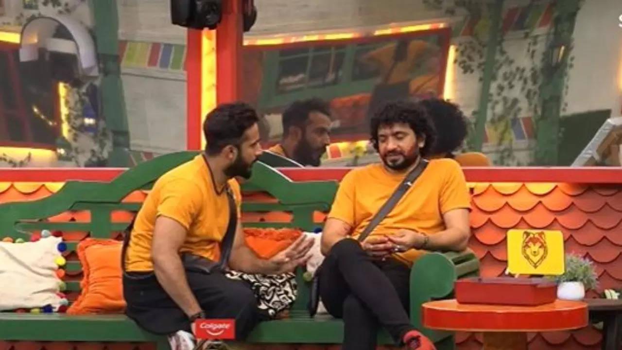 nataraj: Bigg Boss Telugu 5: Ravi vents his displeasure over Nataraj; here's what netizens think about their 'Puli-Nakka' conflict - Times of India