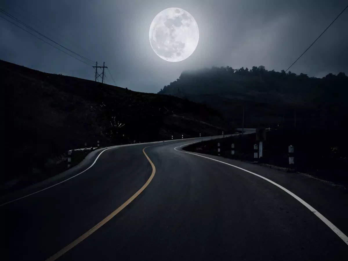 Supposedly haunted national highways in India!