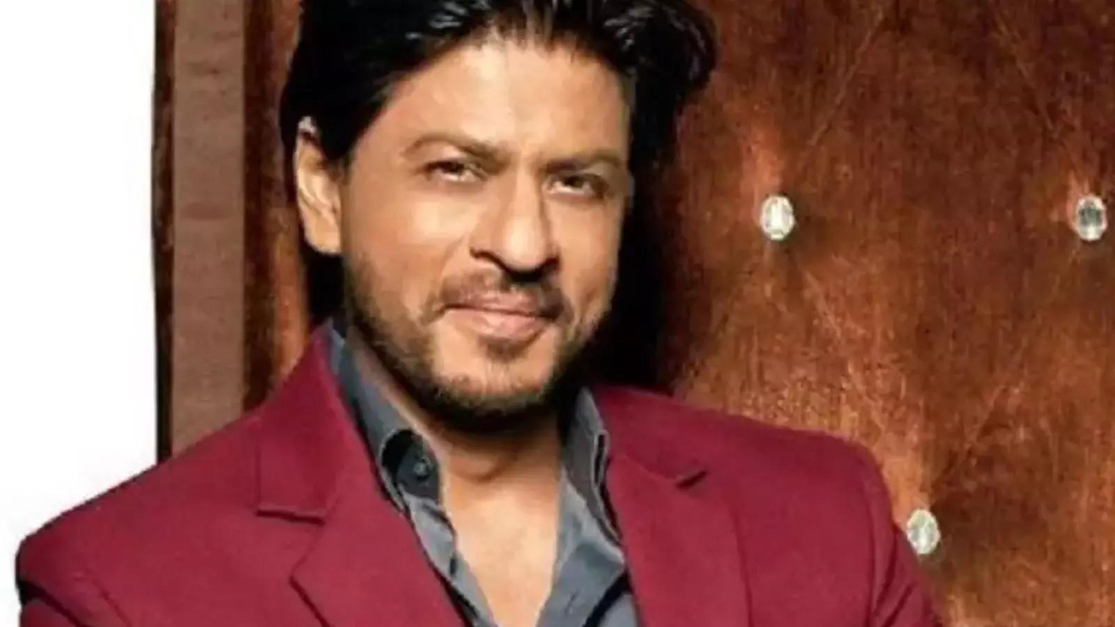 heres-why-shah-rukh-khan-is-trending-on-social-media