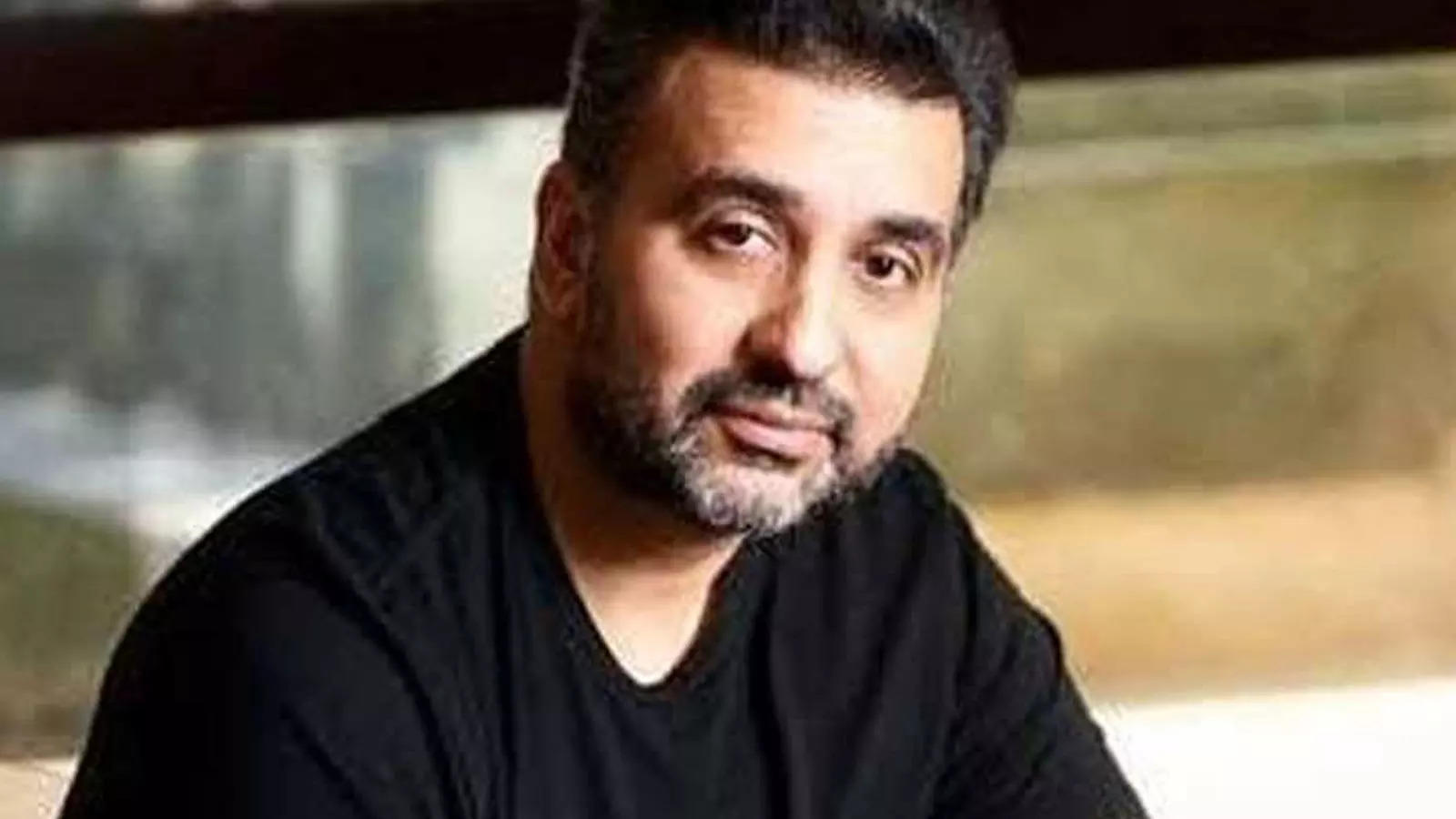 pornography-case-raj-kundra-withdraws-bail-application-a-day-after-crime-branch-files-charge-sheetpornography-case-raj-kundra-withdraws-bail-application-a-day-after-crime-branch-files-charge-sheet
