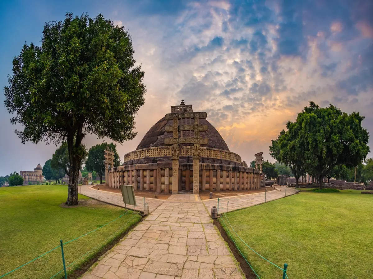 A complete guide to visiting Sanchi Stupa in Madhya Pradesh