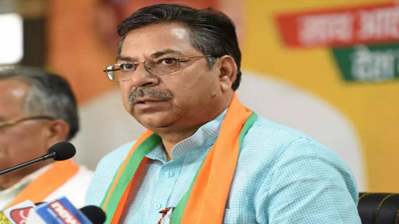 Rajasthan: Satish Poonia denies factionalism in BJP, says Congress a divided house