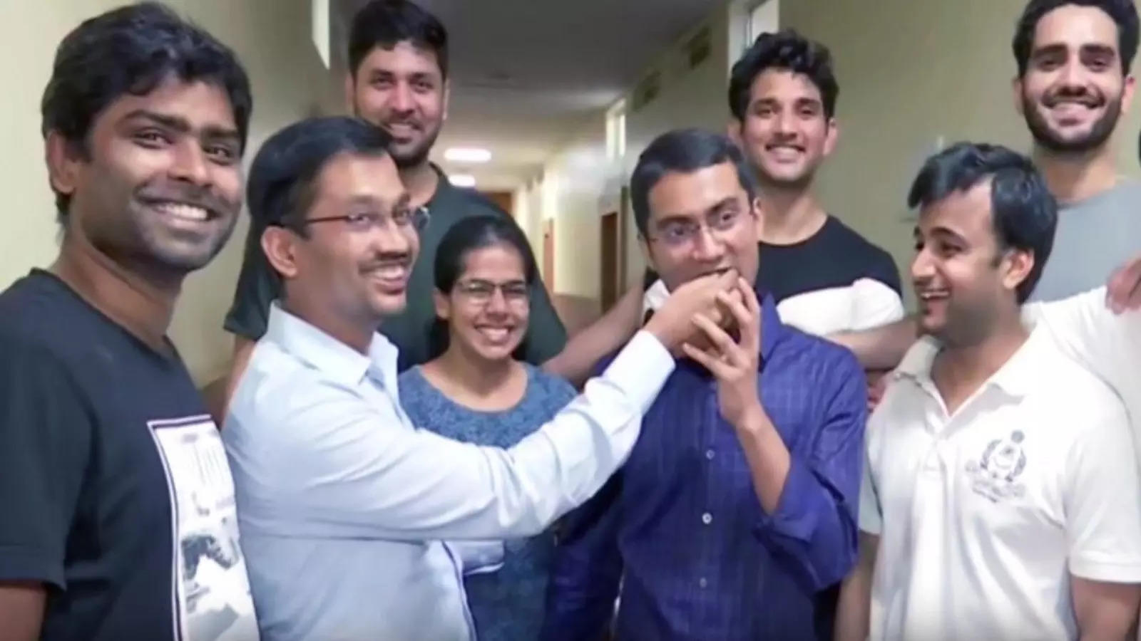 upsc-civil-services-result-declared-bihar-boy-tops-exam