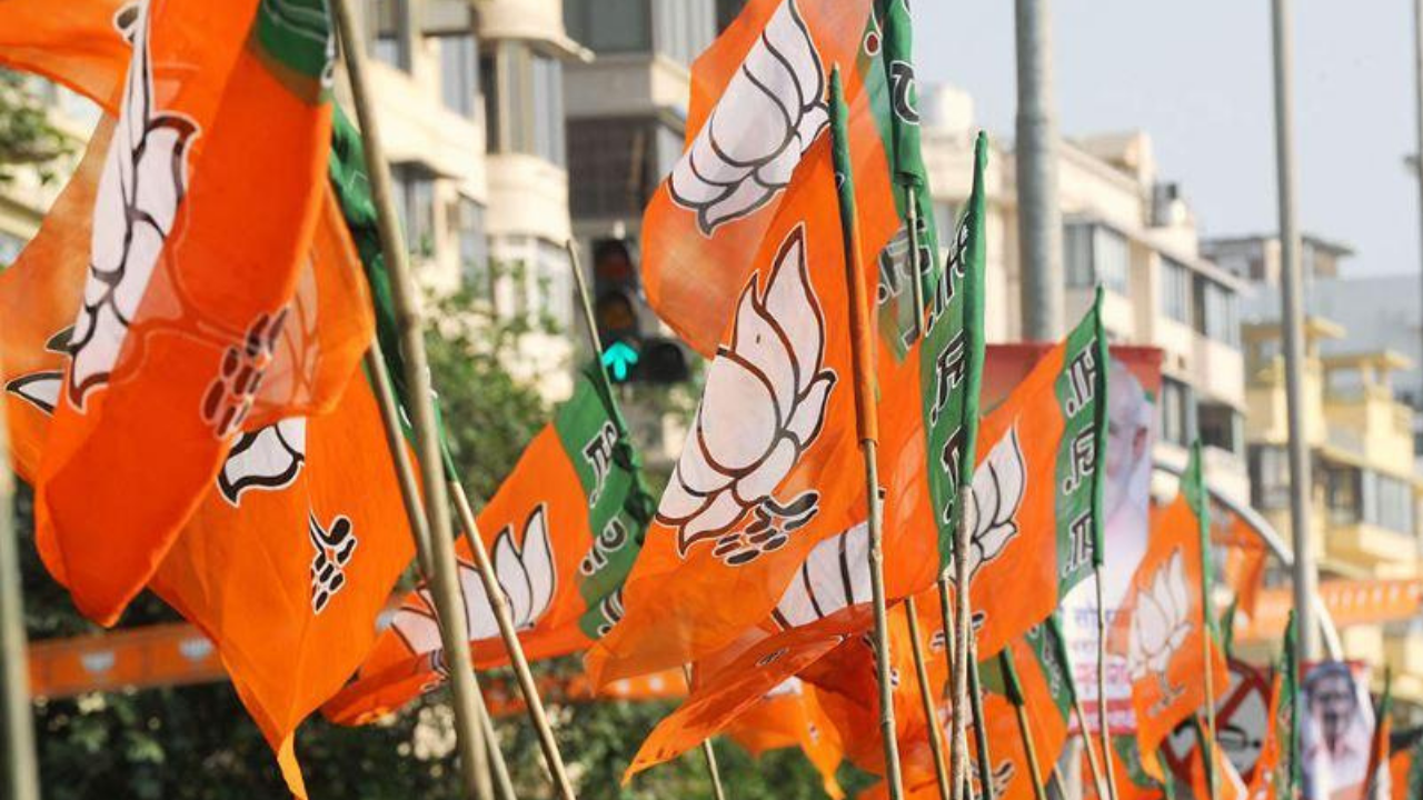 Punjab BJP questions Deol's appointment as AG