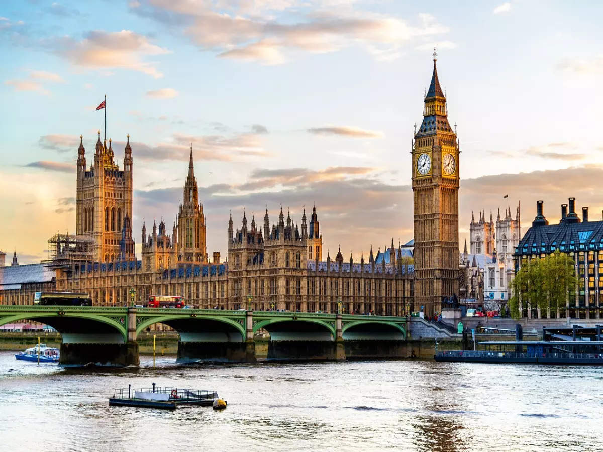 Know the new travel rules in the UK for Indians